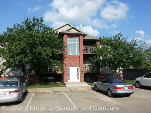 2266 Holiday Road Apt 303 Coralville Ia 52241 Hotpads