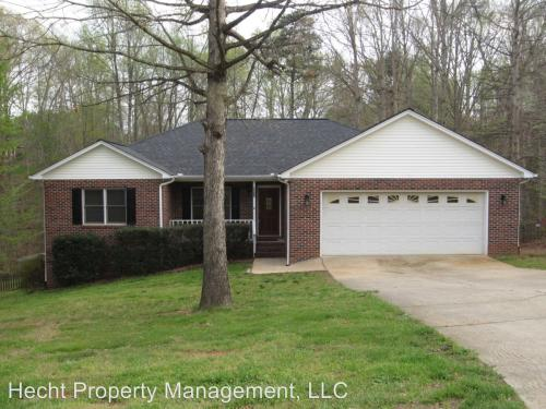 6972 Forest Manor Drive Photo 1