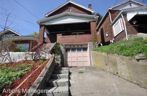 3028 Elroy Avenue Photo 1