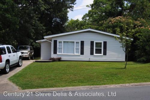 1310 Oak Street Photo 1