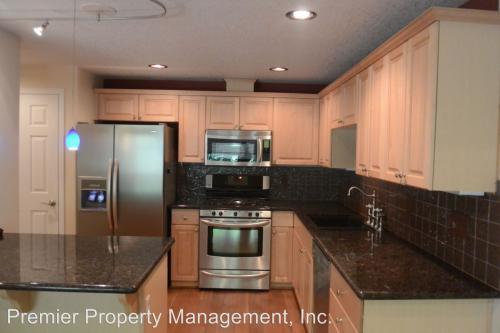 8023 NE 38th Avenue Photo 1