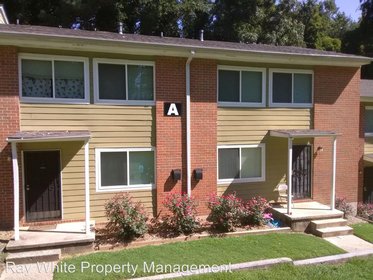 Apartment Unit A5 At 390 W Lake Avenue Atlanta GA 30318