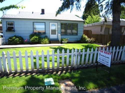 1340 Vista Avenue SE Photo 1