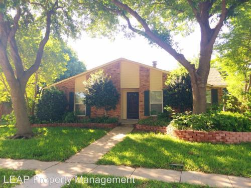 407 Woodhurst Drive Photo 1