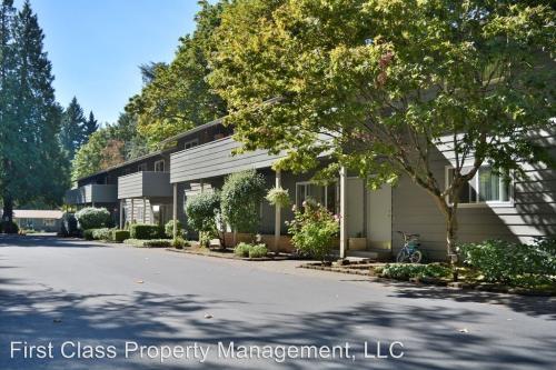3875 SW Lake Grove Avenue #29 Photo 1