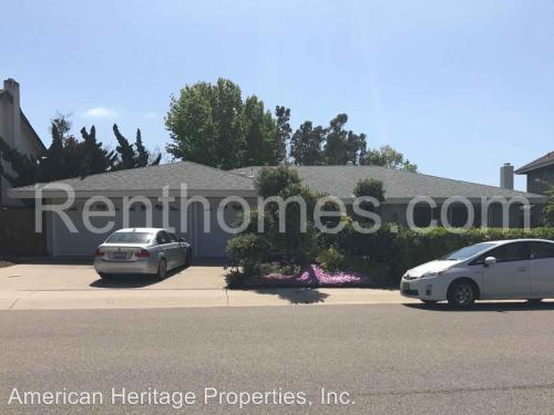 8720 Nottingham Place Photo 1