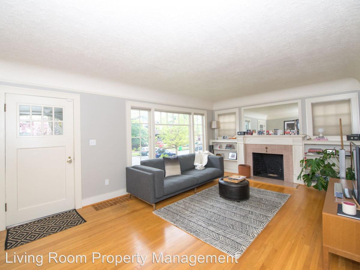 Amazing Living Room Property Management Images - Living Room Design ...