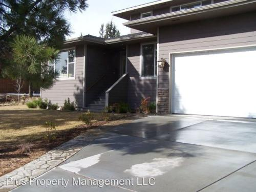 2955 NW Lucus Court Photo 1