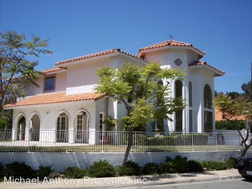 6047 Ponca Court Photo 1