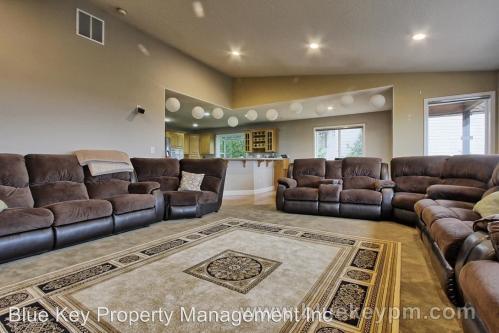 4147 NW Sierra Drive Photo 1