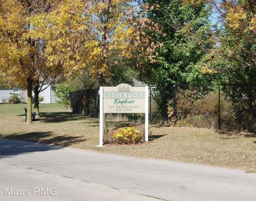 2807 Plaza Lane Photo 1