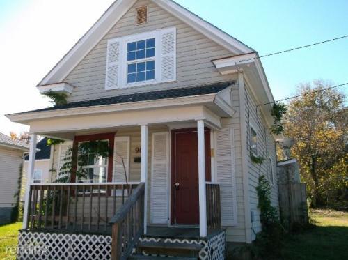 908 W Harrison Street Photo 1