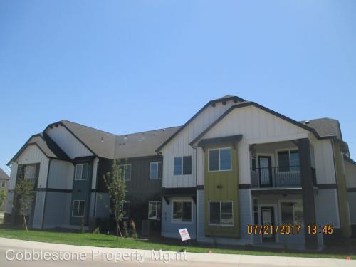 2685 N Fastwater Avenue Photo 1