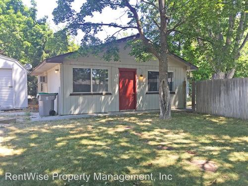 5924 N Willow Cliff Way Photo 1