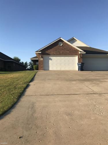 2521 W Oklahoma Ave Photo 1