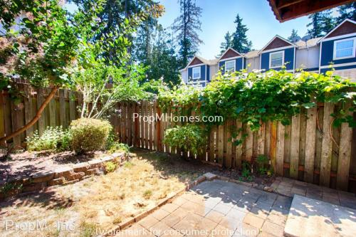 994 SW 199th Avenue Photo 1