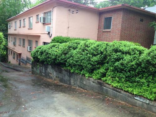 668 Linwood Avenue NE #5 Photo 1