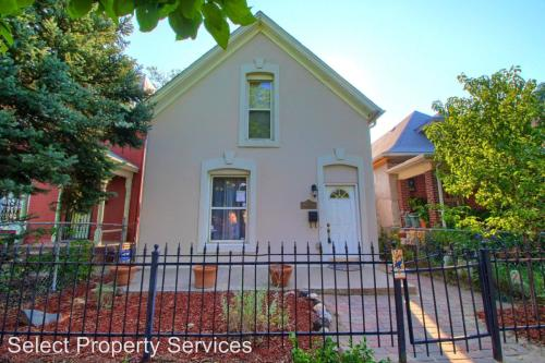 3446 N Marion St Photo 1