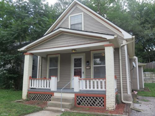 4415 Bell St Photo 1