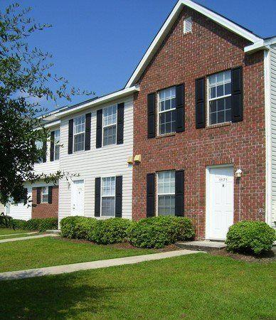 1000 Fords Pointe Circle Photo 1