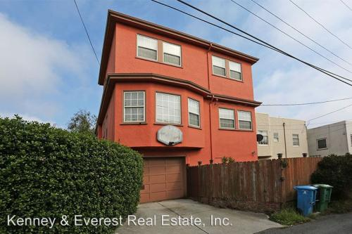 350 San Benito Way Photo 1