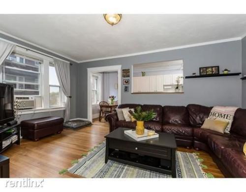 1607 Commonwealth Avenue Photo 1