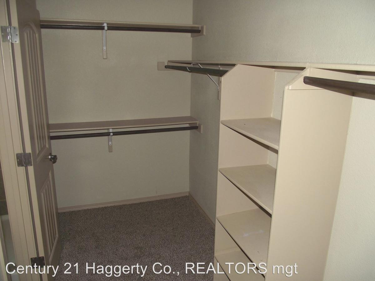 13804 Hollywood, El Paso, TX 79928 | HotPads