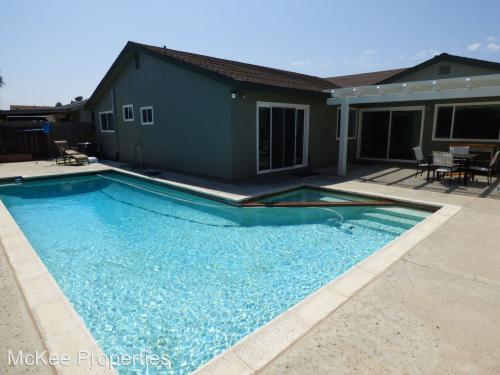 1541 Thermal Ave Photo 1