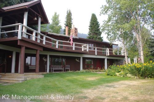 1690 N Pass Ranch Rd Photo 1