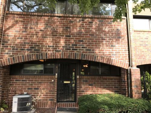 821 S Racine Ave Photo 1