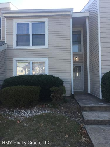 115 Governors Drive Photo 1