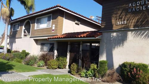 3745 Imperial Highway B Photo 1