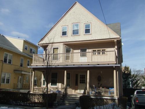 61 Kenwood Street Photo 1