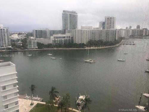 11 Island Avenue Photo 1