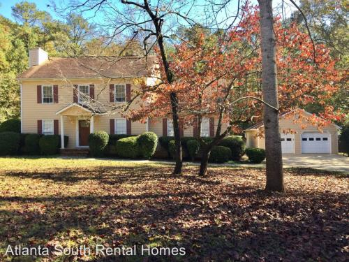 215 Hampton Woods Drive Photo 1