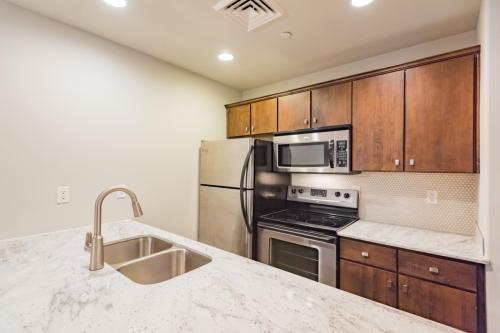 Cascade Apartments Photo 1