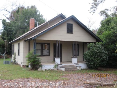 304 Fairview Street Photo 1