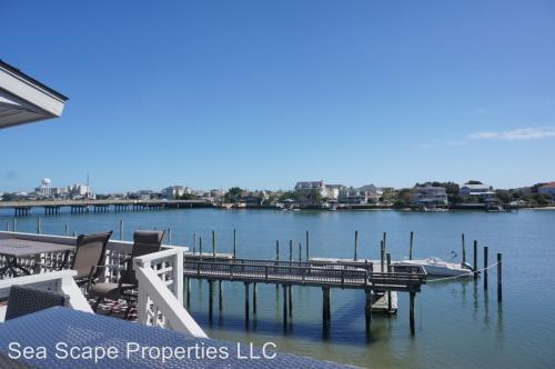 18 Lookout Harbour Photo 1