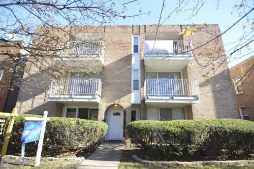 5625 N Kimball Avenue Photo 1