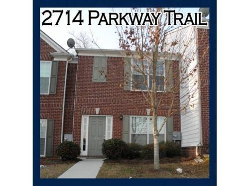 2714 Parkway Trail Photo 1