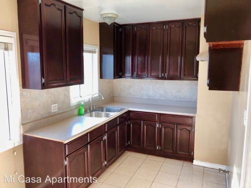 2816 E Florance Ave - 1 Bed Room Photo 1