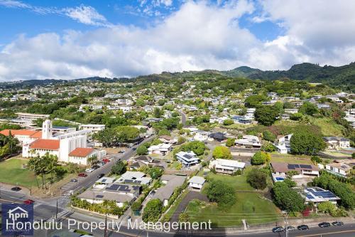 1717 Mott-smith Drive Photo 1