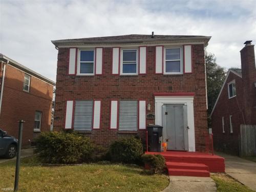 15390 Auburn Street Photo 1