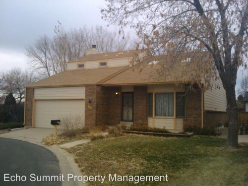 144 Willow Place S Photo 1