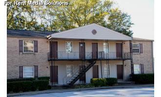 6252 N Lee Street Photo 1