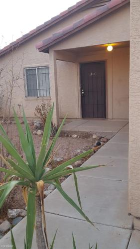 154 S Picacho Heights Road Photo 1