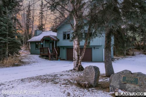 10300 Lone Tree Drive Photo 1