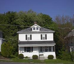 304 1/2 Luther Street Photo 1