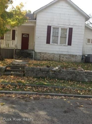 321 W 10th Street Photo 1
