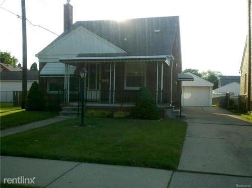 9629 Becker Avenue Photo 1